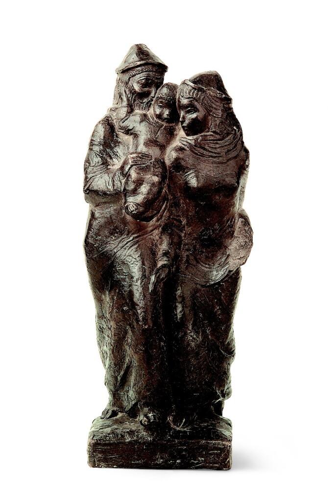 Kerényi Jenő: Szent Család, 1940, patinázott terrakotta, 34 cm; ltsz.: K.2006.305.1 / R. 1006.