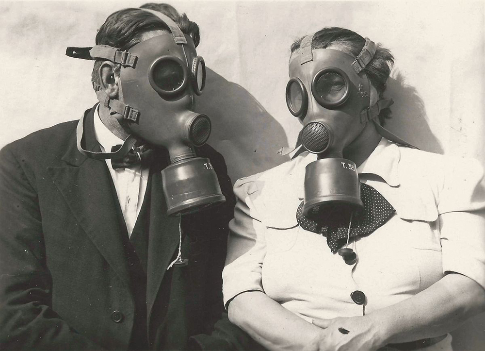 """""""Schima Bandi és neje a nagy világkrízis évében, 1939-ben  megünnepelték békés házasságuk 33-dik évfordulóját"""", Győr, 1939, ltsz.  nélkül"""