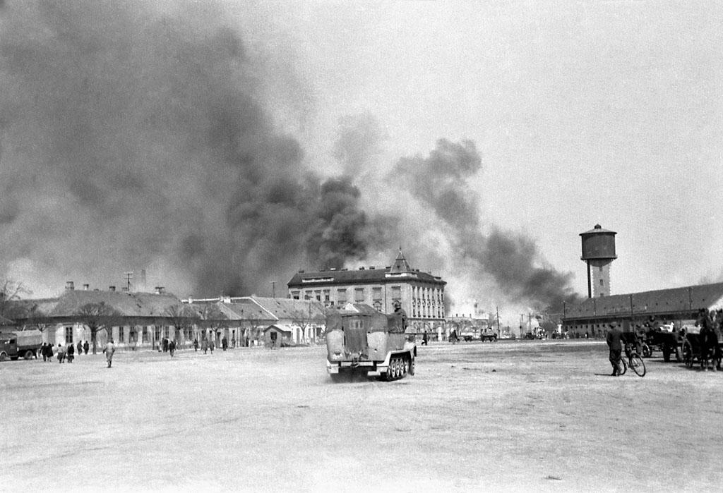 DIGITÁLISAN RETUSÁLT!!! (Tanai Csaba Taca) Győri bombázás 1944