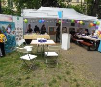 kész a sátor, jöhetnek a vendégek